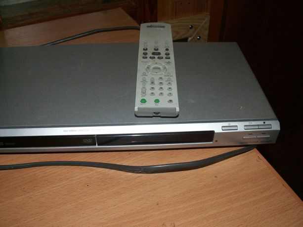 Odtwarzacz DVD i CD - SONY DVP-NS36
