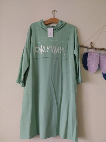 Sukienka dresowa z kapturem rozm L/XL
