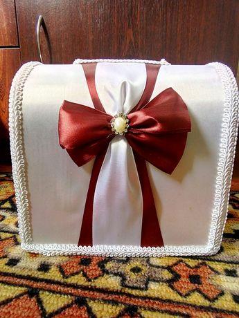 Скринька для грошей і подарунок