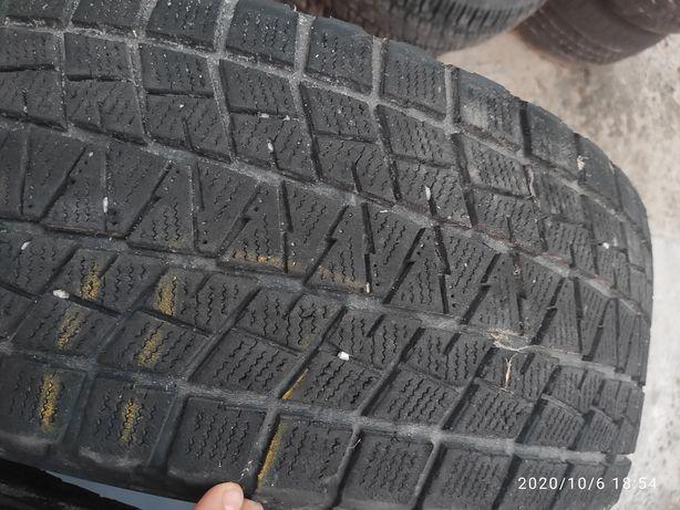 Шини зимові 275 65 17 Bridgestone blizzak dm-v1, 6mm, 2шт.