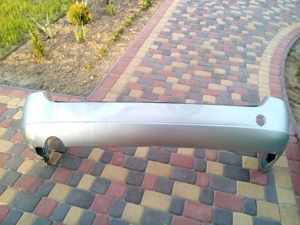 Бампер задній Фокус 1 універсал