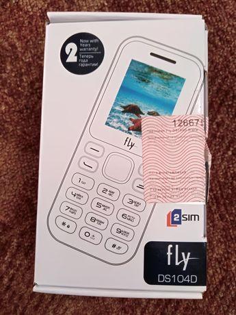 Мобільний телефон Fly ds104d
