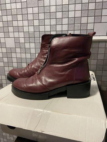Обувь кожанная