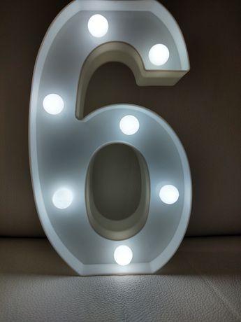 Cyfra 3 D lampka urodzinowa na urodziny Balon świecąca szóstka 6