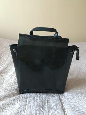Nowy skórzany plecak czarny mała skaza