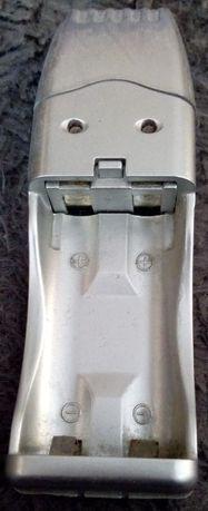 Ładowarka USB dla 2 akumulatorków typu AA i AAA