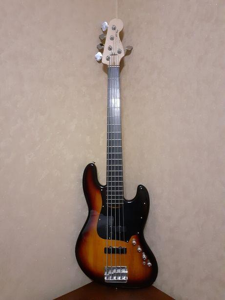 Squier Jazz Bass V Deluxe Active