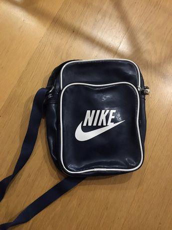 Torebka Nike w super cenie