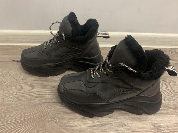 Ботинки зимние 36р
