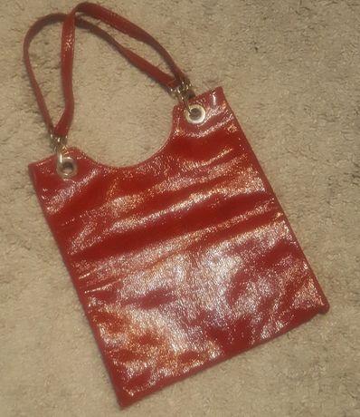 Стильная,яркая,эффектная,лаковая сумка