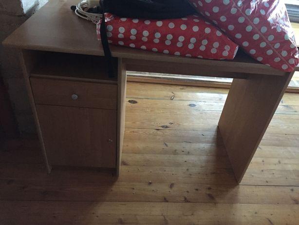 Biurko z szafka i szuflada