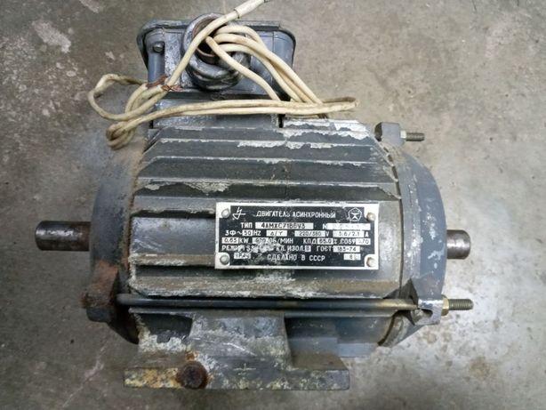 Продам асинхронный двигатель 4 АМХС