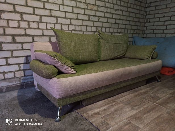 Продам диван еврокнижка