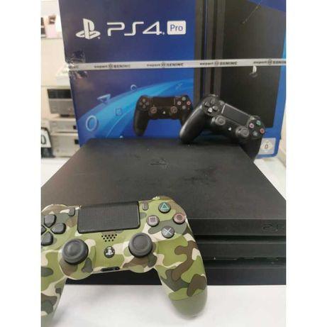 PlayStation 4 Pro 1TB + dwa pady