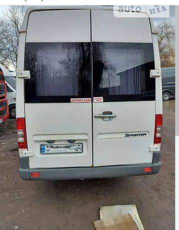 Продам  мікроавтобус MERCEDES-BENZ
