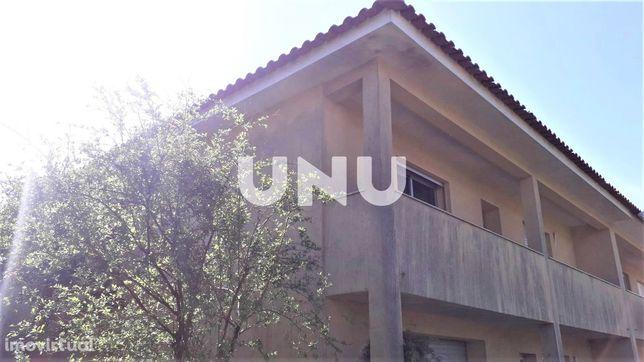 Moradia geminada T3 para venda em Guimarães, Serzedo e Calvos