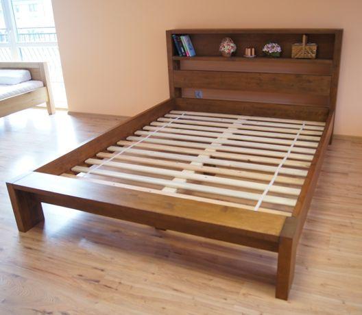 Drewniane łóżko Italio 180x200 z półką w zagłówku