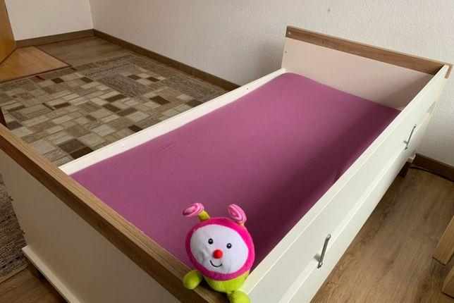 Lozeczko dla dzieci 0-6 lat, z barierkami, materacem (rezerwacja)