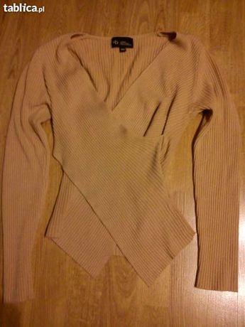 Oryginalna piaskowa bluzeczka
