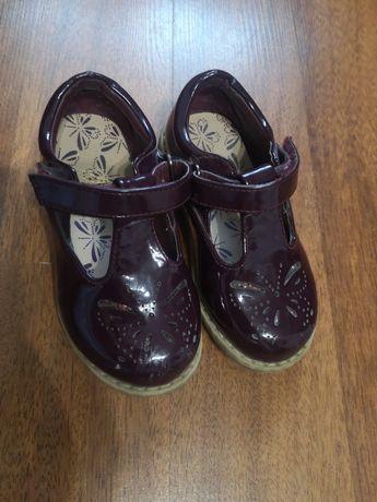 Туфельки, босоніжки 23розмір
