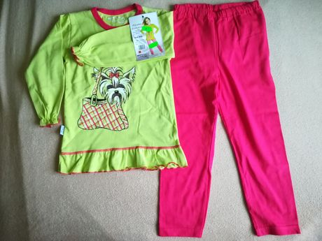 Nowa piżama r. 104