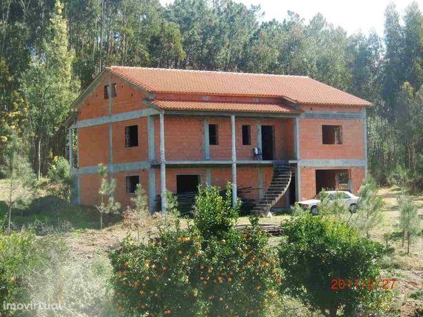 Moradia em construção Ferreira Zezere