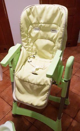 Fotelik/krzesełko do karmienia, karmistołek