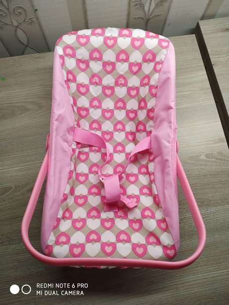Автомобильное кресло для кукол