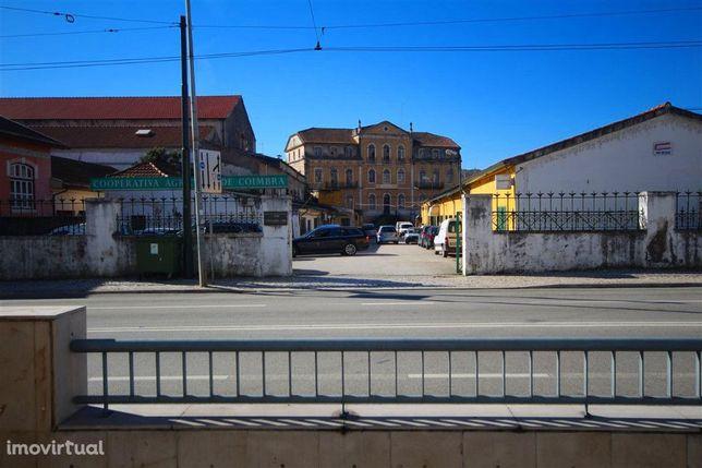 Armazém, Coimbra, Fernão Magalhães