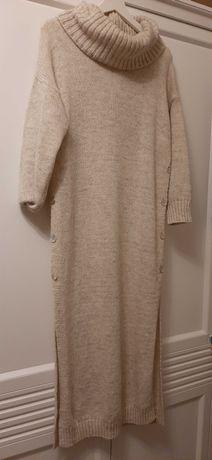 Sukienka -swetr  z golfem bez metki nowy !