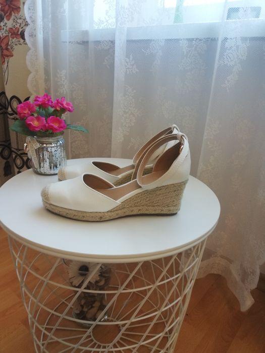 Buty espadryle na koturnie Świdnica - image 1