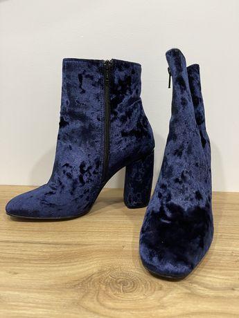 Ботинки Италия велюровые 37 размер