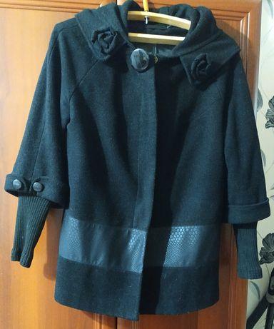 Женское пальто (можно для беременных)