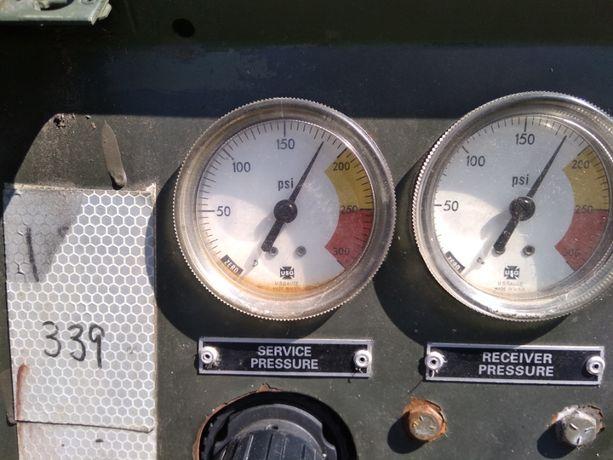компресор дізельний .компрессор дизельный .