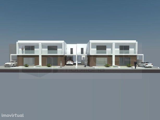 Moradia T4 Arquitetura Moderna - Palhaça