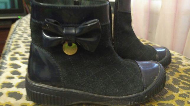 Шкіряні чобітки на дівчинку недорого