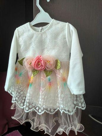 Новое платье для девочки 6-9 месяцев