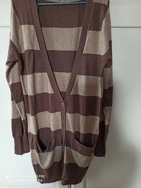Piekny Sweter rozpinany w kolorze bezowo brązowym