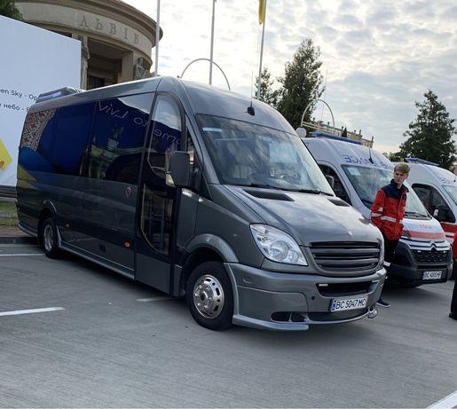 Автобуси до 40 місць Пасажирські перевезення