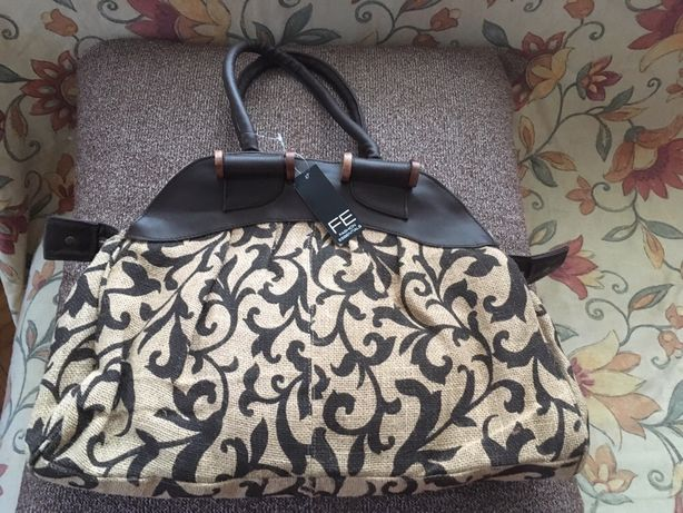 Nowa stylowa płócienna torebka