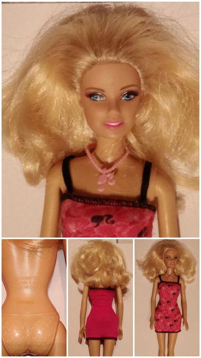 Barbie Mattel 2010 Есть небольшой изьян пальца на фото видно Черноморск - изображение 1