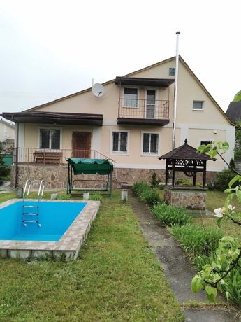 Дом загородный с бассейном 20 км от Киева