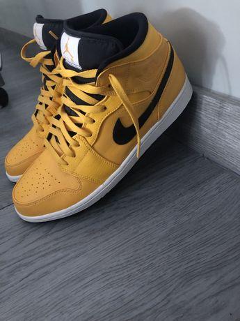 Nike Air Jordan 1 yellow and black