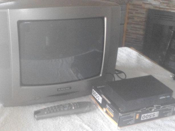 TV a cores com comando+ descodificador TDT