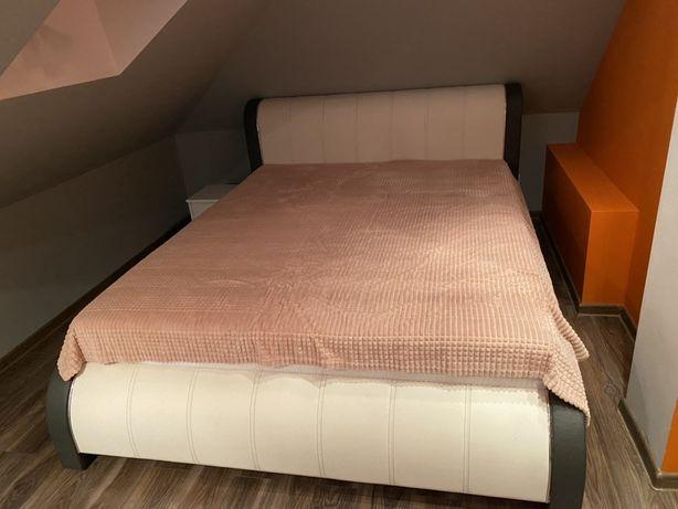 Sprzedam lóżko tapicerowane o powierzchni spania 160x200