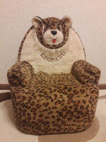 Срочно! Продам детское мягкое кресло!