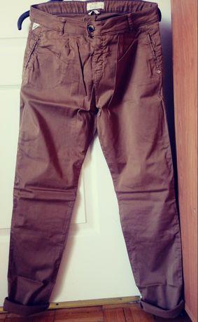 Bershka spodnie chinosy r. 40