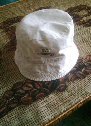 панами та капелюхи