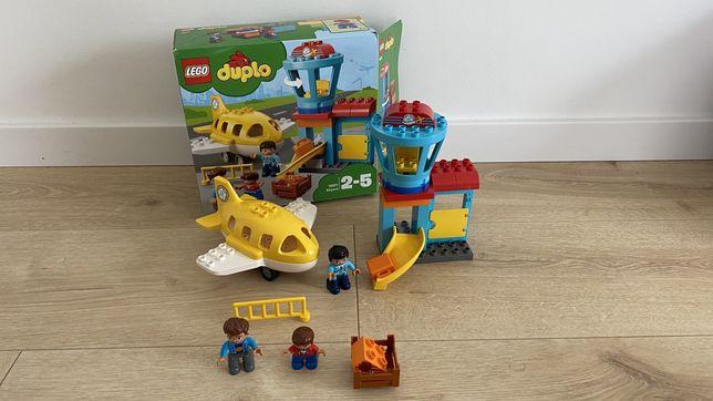 Używany zestaw LEGO DUPLO 10871 LOTNISKO stan bdb komplet.