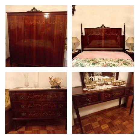 Mobília completa de quarto - Estilo D. Maria